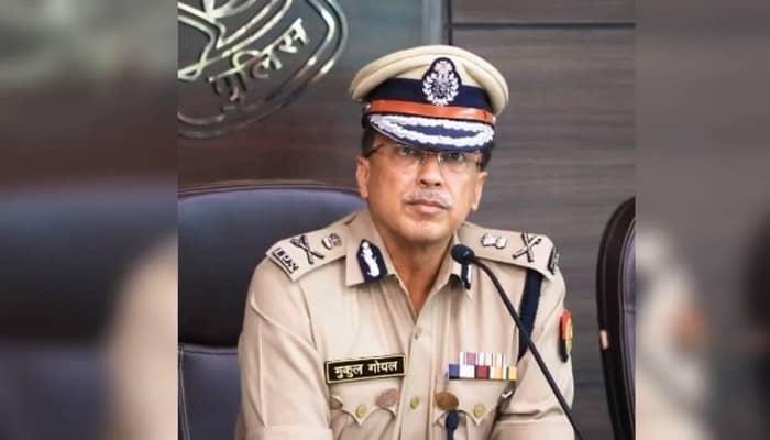 यूपी पुलिस कर्मियों की समस्याओं की प्राथमिकता पर की जाए सुनवाई, डीजीपी मुकुल गोयल ने जारी किए दिशा-निर्देश