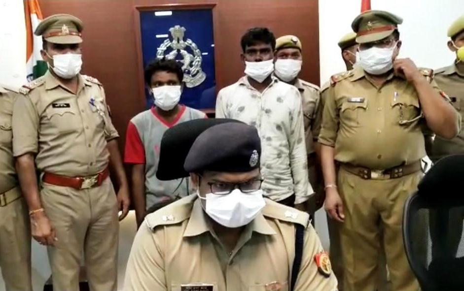 रेप के बाद जिंदा जलाकर मासूम बच्ची की हत्या: तीन साल बाद DNA रिपोर्ट से हुआ खुलासा, यूपी पुलिस ने 2 आरोपियों को किया गिरफ्तार