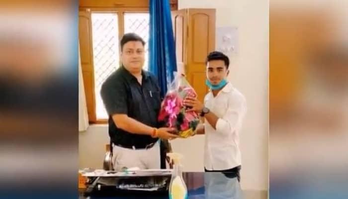 अवध विश्वविद्यालय शिक्षक संघ चुनाव में डॉ जितेंद्र सिंह को महामंत्री चुने जाने पर एलबीएस छात्र नेता पंडित आनंद ने दी बधाई